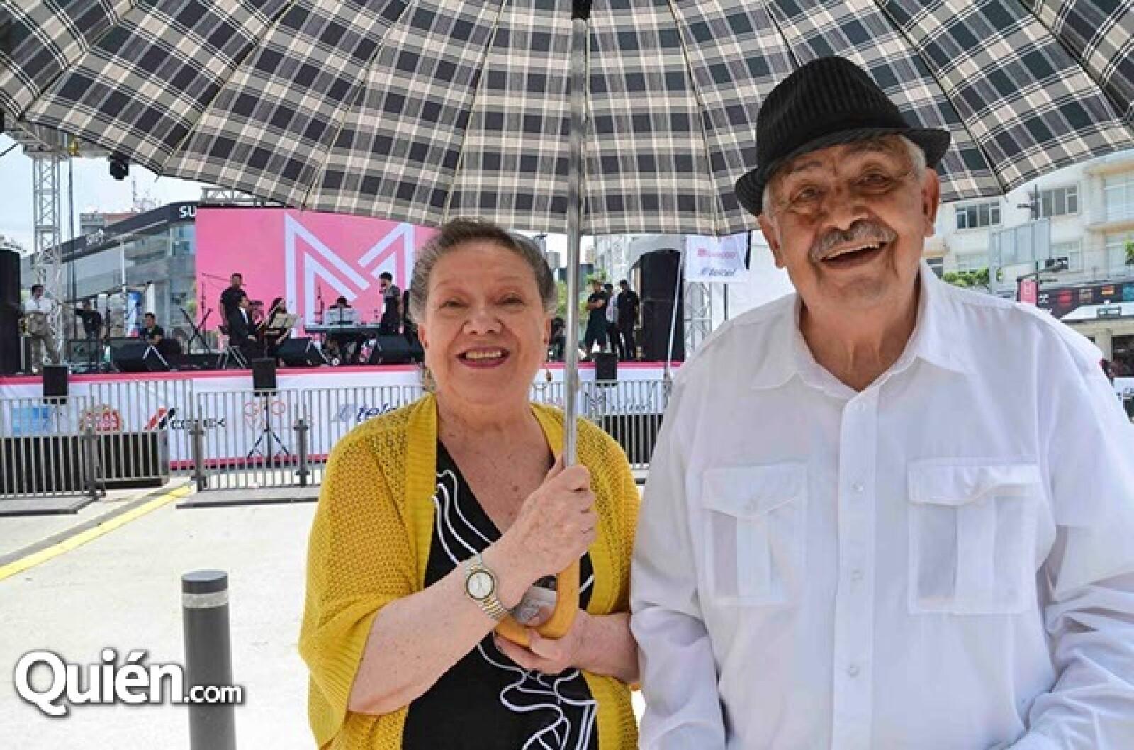 Vecinos de Masaryk de hace 60 años: Guadalupe Merino Ochoa y Alejandro Rentería.