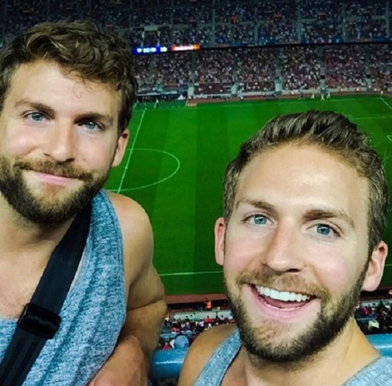 """El """"doble"""" de Bradley tiene un gemelo, por lo que resulta que hay tres Bradley en el mundo."""