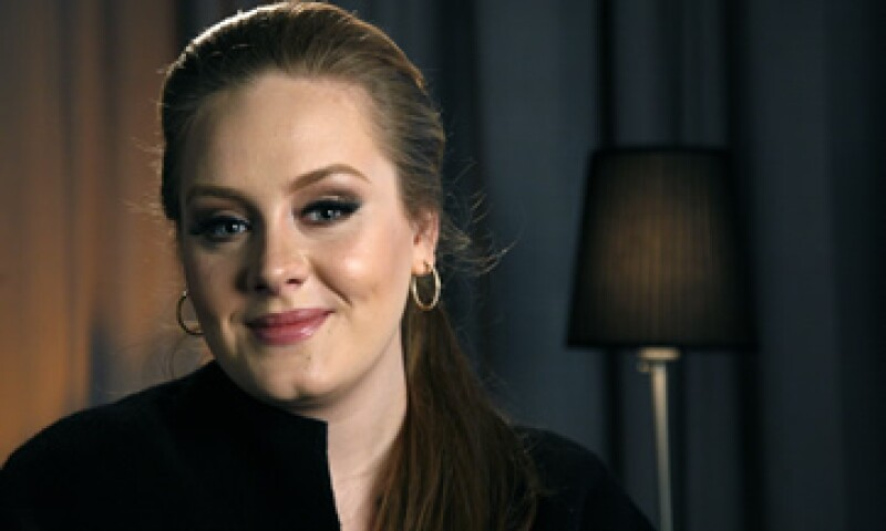 Adele se apuntó un triunfo con el aclamado álbum 21, el mejor vendido de 2011. (Foto: AP)