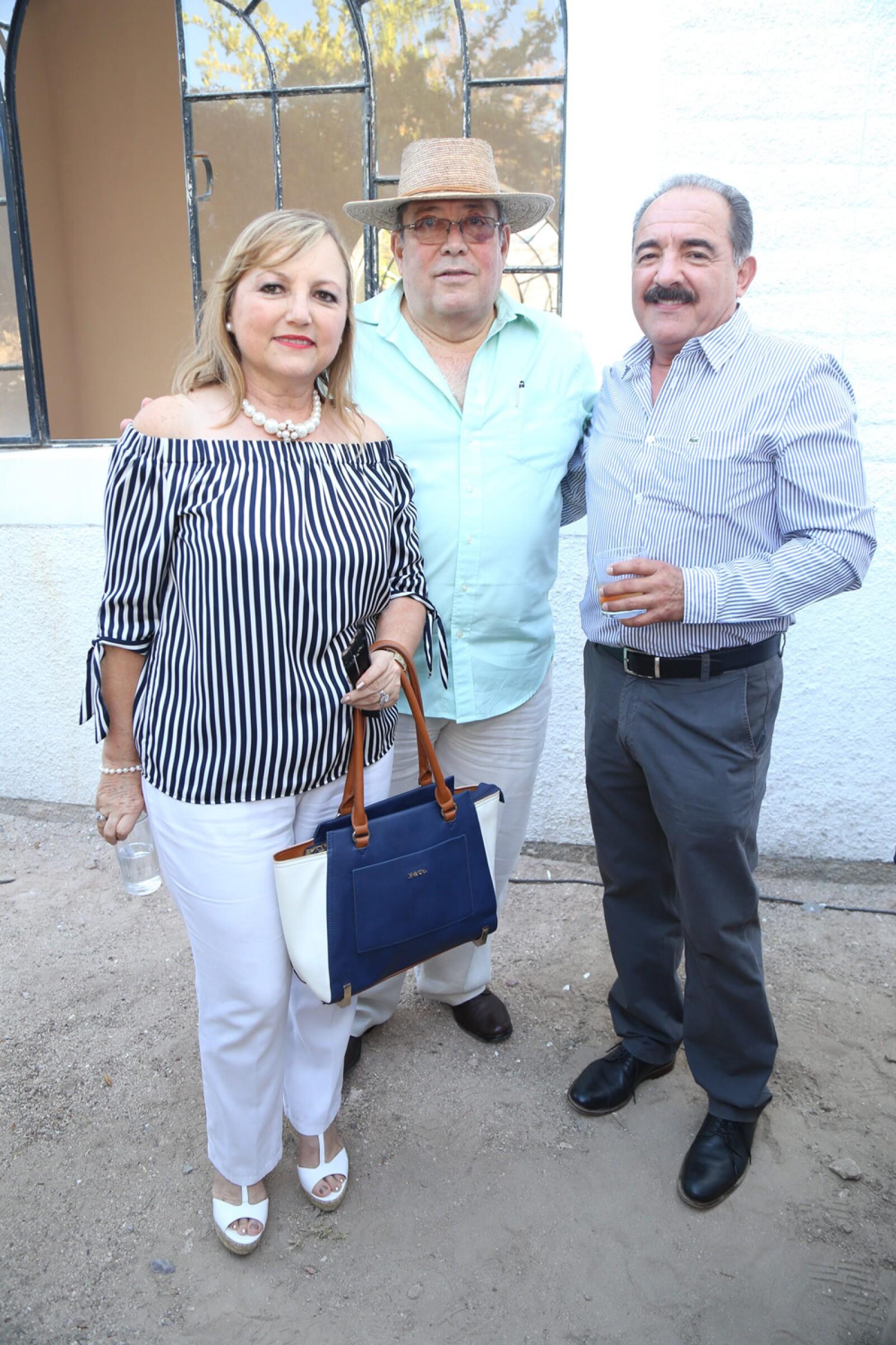 Rosana y Alvaro Fox, Valente Guluarte.jpg