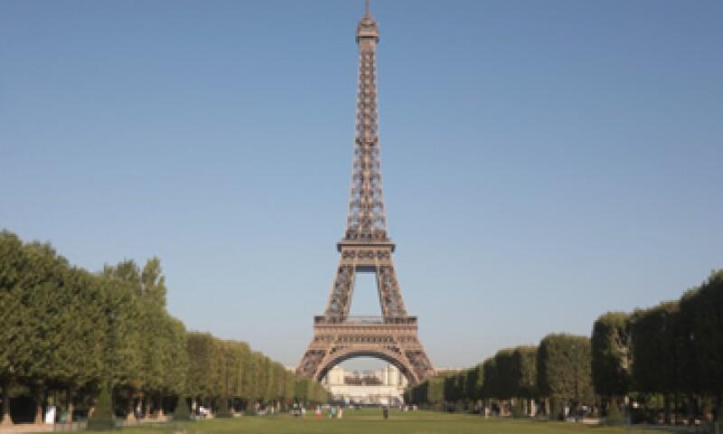 El presidente de Francia, Francois Hollande, espera que la economía francesa registre un crecimiento de 0.8% el año próximo. (Foto: Getty Images)