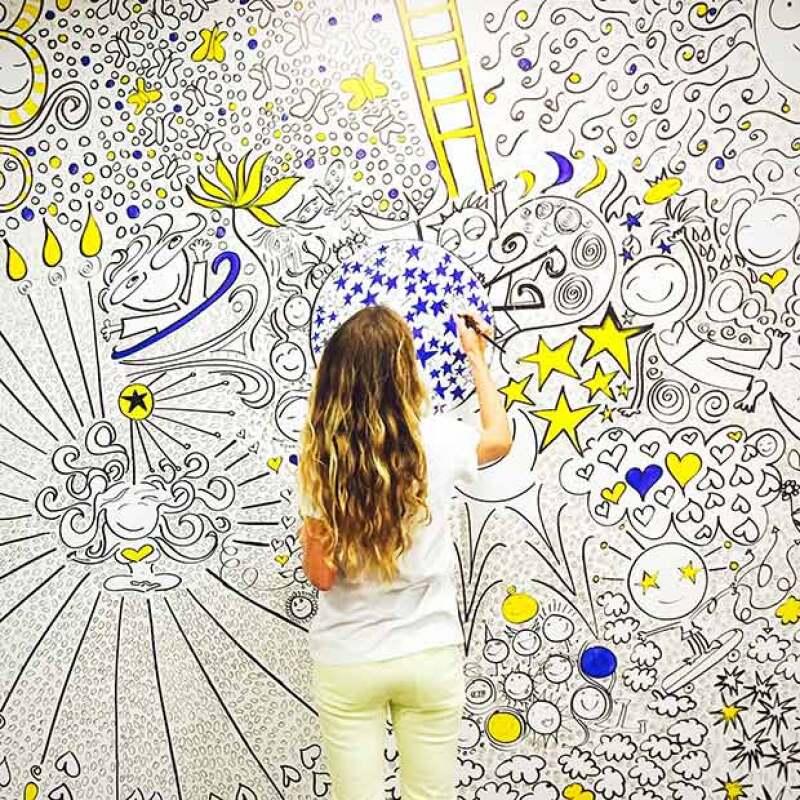 Bibi es una gran ilustradora y ella es quien se ha encargado de todo el proceso creativo de Tullys TV.
