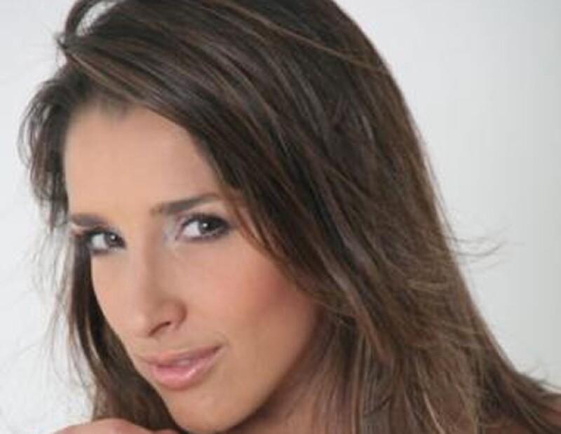 A pesar de que no aparece en las clásicas listas de los 10 Hombres Más Sexys del Mundo, el cantante puertorriqueño ha tenido esposas muy guapas, inclusive estuvo casado con una Miss Universo.