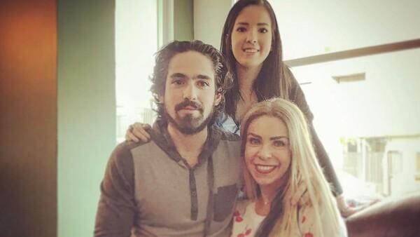 Rocío Sánchez Azuara y sus hijos Daniela y José Luis Santiago