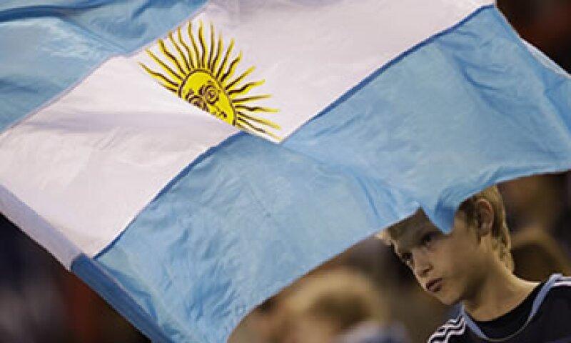 La firma podría cortar la calificación del país sudamericano a la categoría Caa. (Foto: AP)