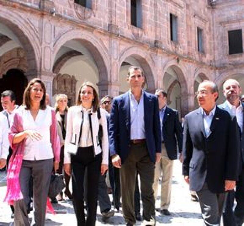 Los príncipes de Asturias llegaron este lunes a Morelia y realizaron un tour por diferentes lugares como la Catedral y otros lugares históricos.