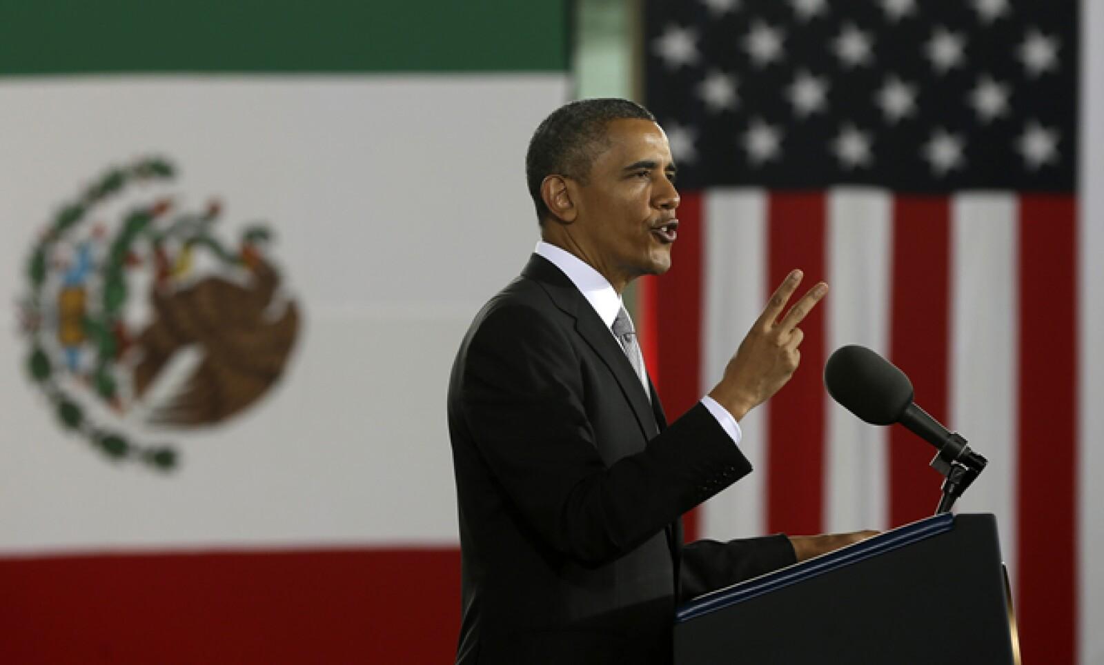 """Obama dijo que buscará promover una reforma """"sensata"""" de migración en el Congreso estadounidense, que fortalezca la inmigración legal."""