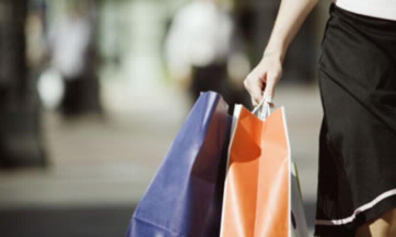 La medida busca impulsar la actividad económica en el sector comercio, industria y servicios. (Foto: Thinkstock)