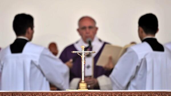 En la ceremonia de este martes el pontífice pidió a los religiosos no rendirse ante la violencia en la entidad.