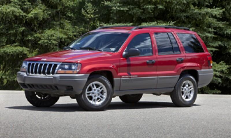 La nueva Cherokee abandona la tradicional forma cuadrada del Jeep por un estilo más aerodinámico. (Foto: AP)