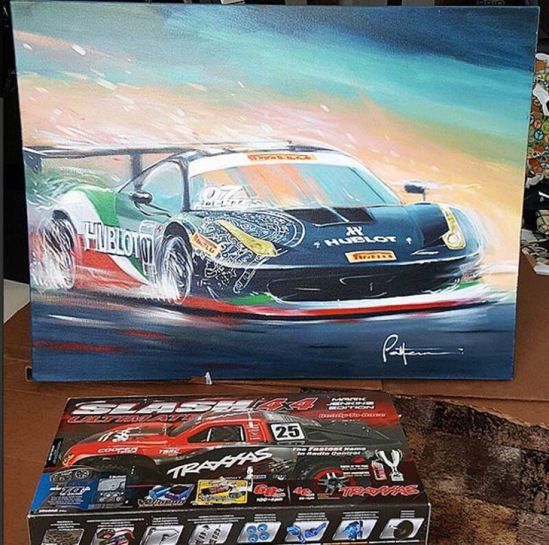 Estos fueron los regalos que el corredor de autos recibió de su esposa.