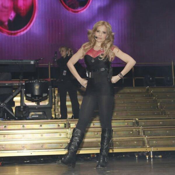 La cantante durante el soundcheck de su concierto.