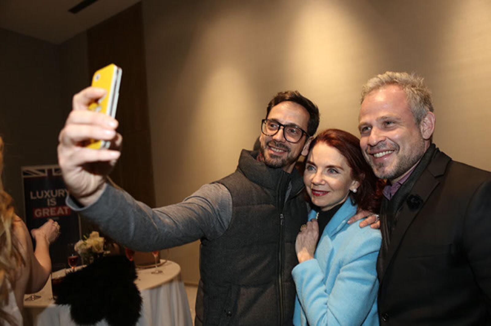 Macario Jiménez,Lissette Trepaud,Fernando Raphael
