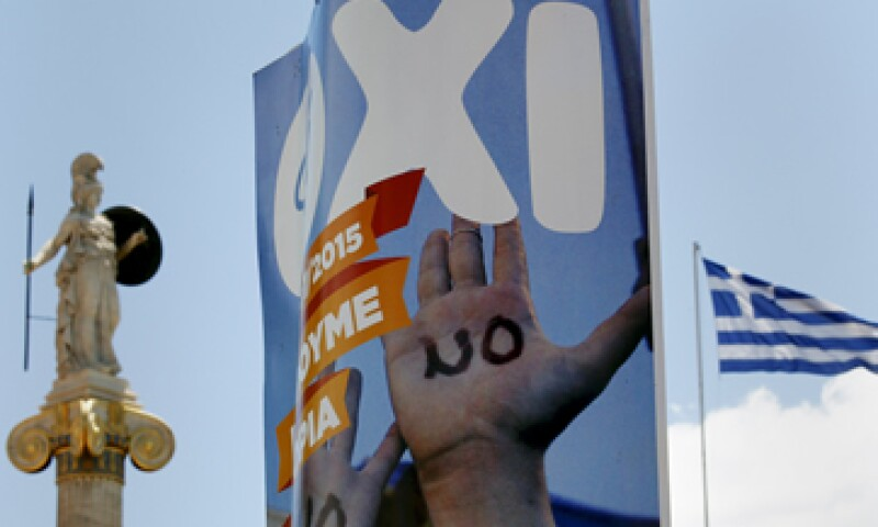El domingo, los griegos rechazaron en las urnas el rescate financiero ofrecido por sus acreedores. (Foto: Reuters )