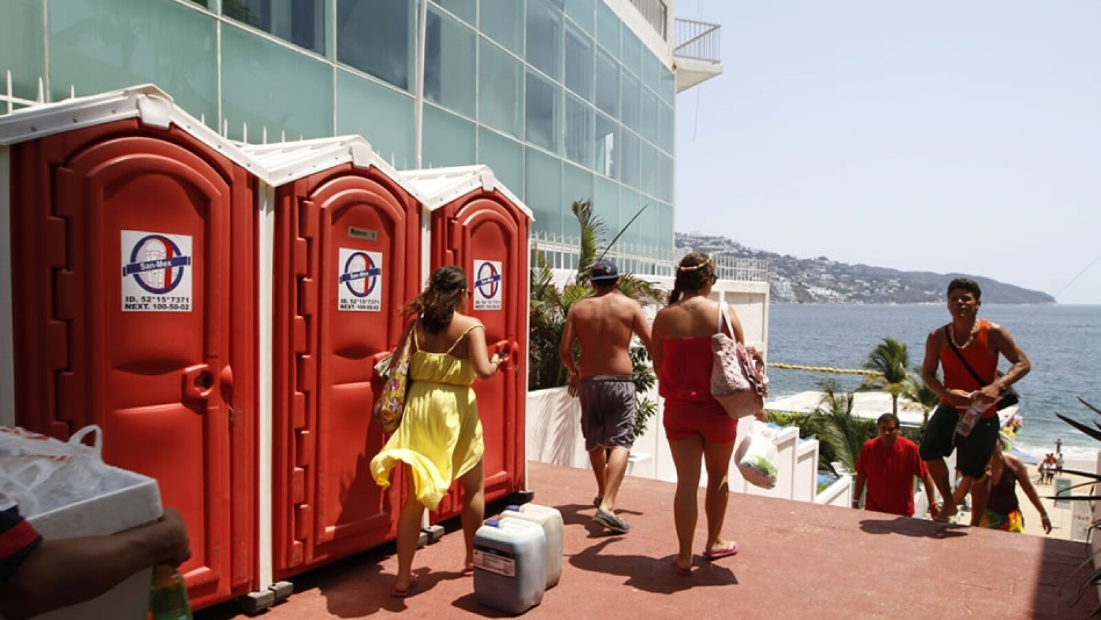 Acapulco playa baños