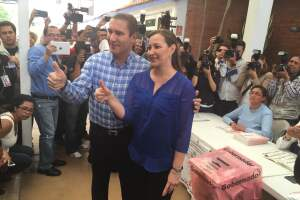 El gobernador de Puebla dijo que no hablaría por la veda electoral de este domingo.