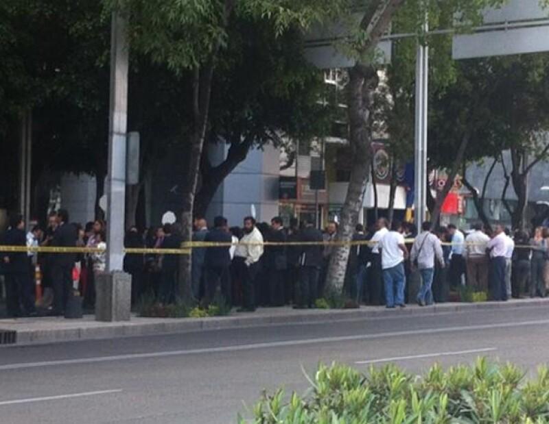 El Servicio Sismológico Nacional informó que el sismo registró una magnitud de 6.4 y tuvo su epicentro en Michoacán.