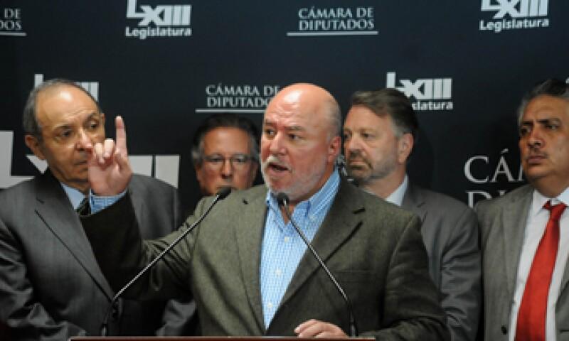 El pueblo mexicano quiere que el Gobierno gaste menos e invierta más, dijo el legislador Manuel Clouthier. (Foto: Cuartoscuro )