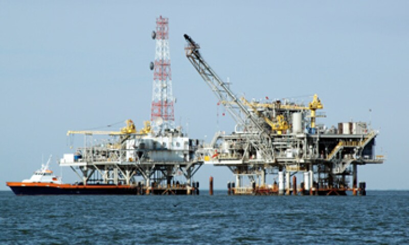 En 2012, los ingresos petroleros de México por sus ventas a EU cayeron 7.0%. (Foto: Getty Images)
