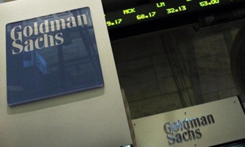 Goldman se suma a JPMorgan Chase & Co y Bank of America Corp en reportar una baja en ingresos por operaciones con bonos. (Foto: Reuters)