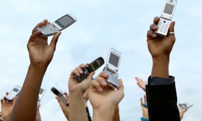 Los analistas dijeron que tenía sentido que Verizon se arriesgase a lograr un acuerdo mientras AT&T sigue atada a sus esfuerzos de conseguir la aprobación de su acuerdo con T-Mobile USA. (Foto: Thinkstock)