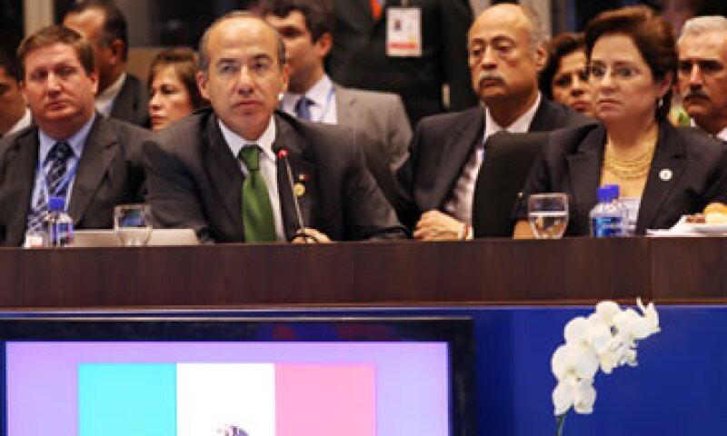 El presidente Felipe Calderón manifestó que AL aprendió la lección en los 80 y, desde entonces, ha manejado con responsabilidad sus finanzas. (Foto: Notimex)
