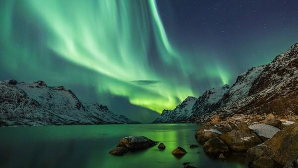 Cualquiera de estas dos ciudades es buena opción para ver una aurora boreal. Tan es así que uno de los mejores fotógrafos y guías astrales en el mundo, Antti Pietikainen, vive en el área. Lo mejor ...