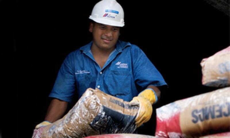 Este lunes, la firma reportó una pérdida neta de 203 mdd.  (Foto: Reuters/ Tomás Bravo)