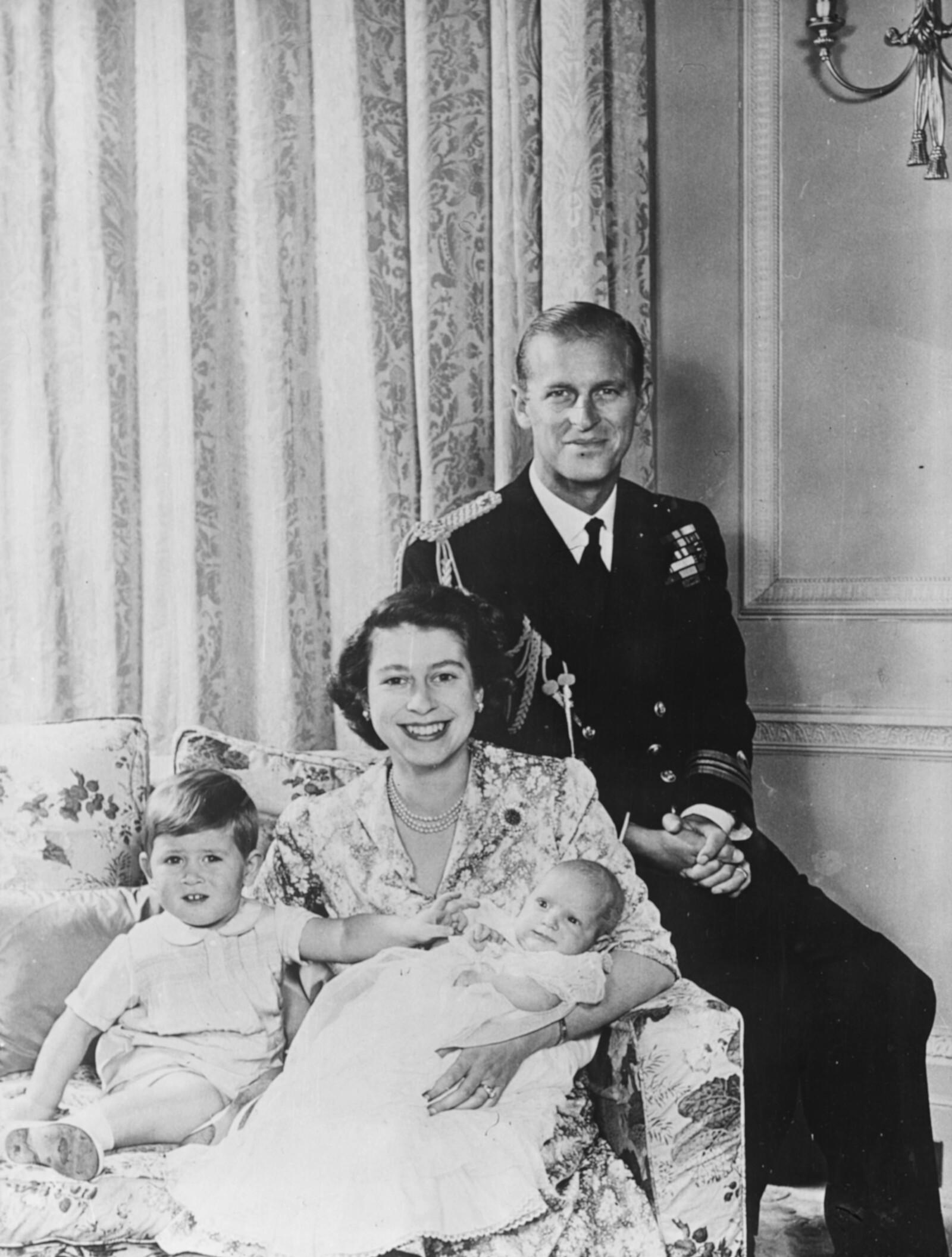 FELIPE, ISABEL, CARLOS Y ANA, 1950