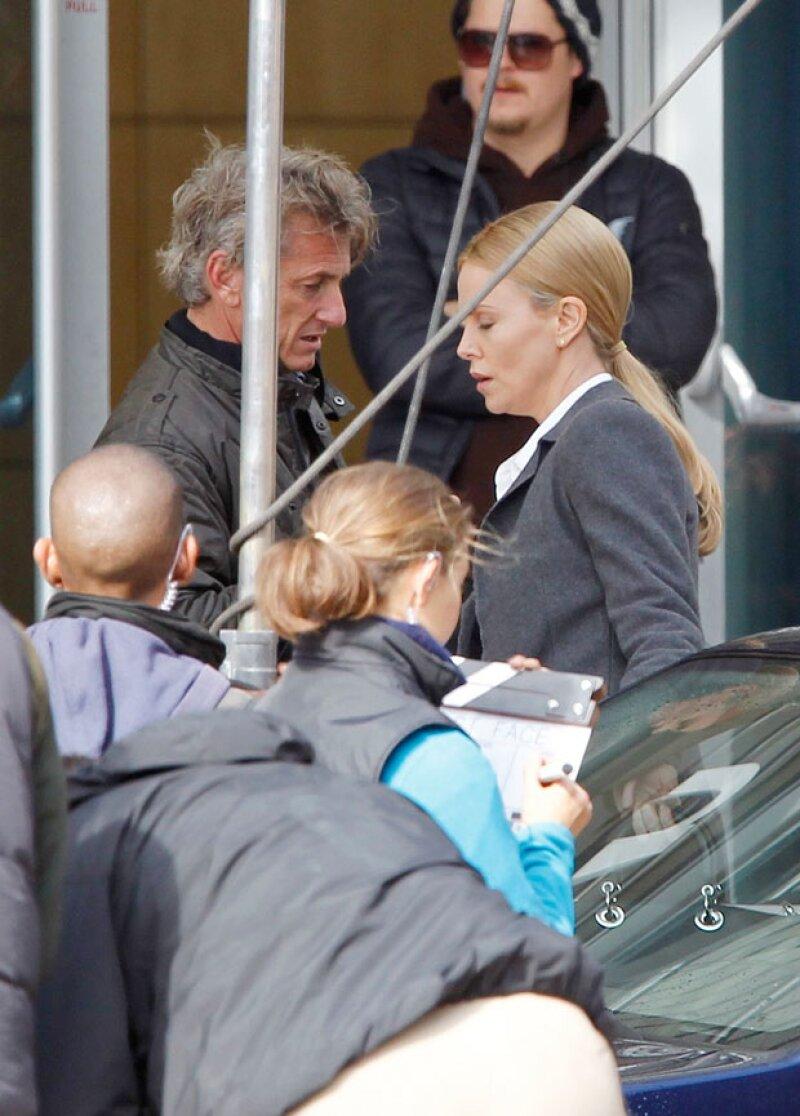 &#39The Last Face&#39 es la película que volvió a unir a la pareja de actores, quienes recientemente terminaron su noviazgo por decisión de Charlize.