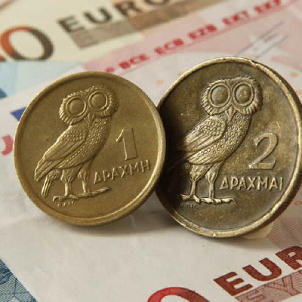 Los ministros de Finanzas de la zona euro aseguran que los términos del rescate seguían siendo la mejor forma de sacar a Atenas de la crisis. Afirman que el país debe superar los actuales desafíos para tener un futuro más próspero dentro del bloque.