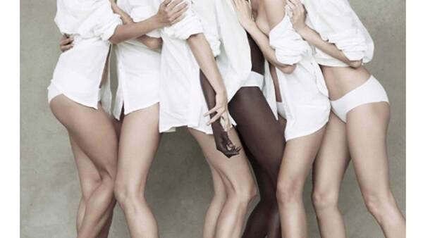 De izquierda a derecha: Alessandra Ambrosio, Helena Christensen, Karolina Kurkova, Alek Wek, Miranda Kerr e Isabeli Fontana.