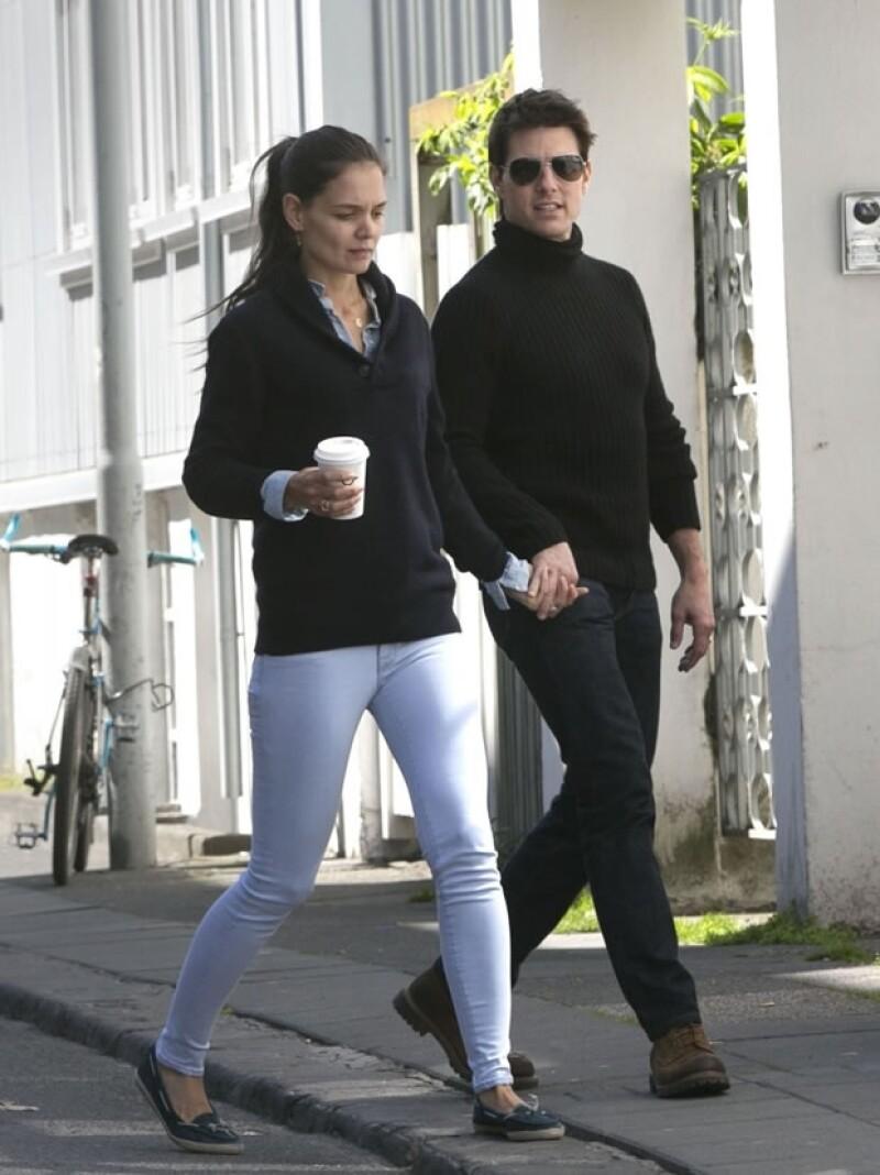 Esta fue la última foto de la pareja junta, tomada el 16 de junio pasado. En ella se puede apreciar la seriedad de la actriz.