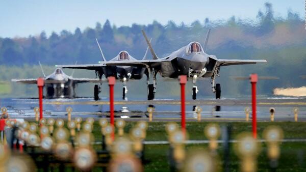 Estados Unidos manda aviones de guerra a Gran Bretaña