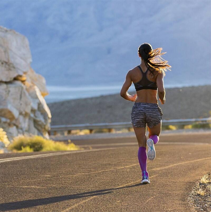 Si creías que correr era solo para profesionales, estas equivocado. Te contamos las recomendaciones para antes y después de correr. Let's do it!