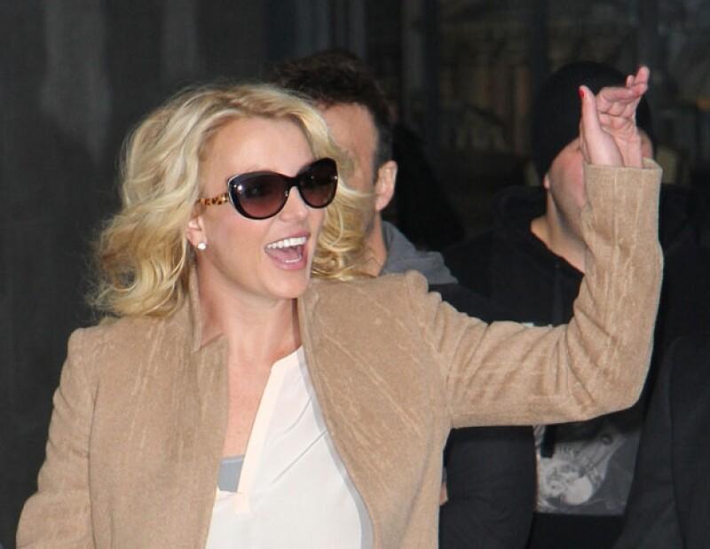 Britney acaba de terminar su gira promocional por Londres.