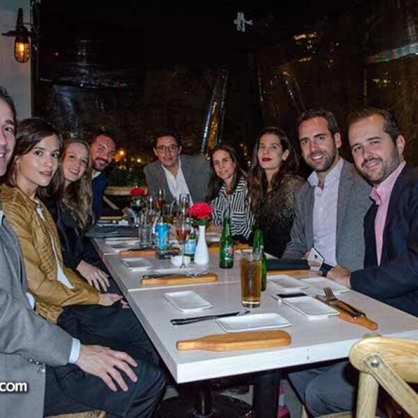 Pablo Torroella,Sandra González,Laurie Rionda,Pablo Gutiérrez,Pablo Cortina,Isabel Ricci,Lucía Lobeira,Diego Pani y Álvaro Alonso