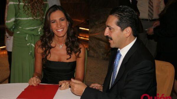 Gloria Perez Jacome, Jorge Sarza