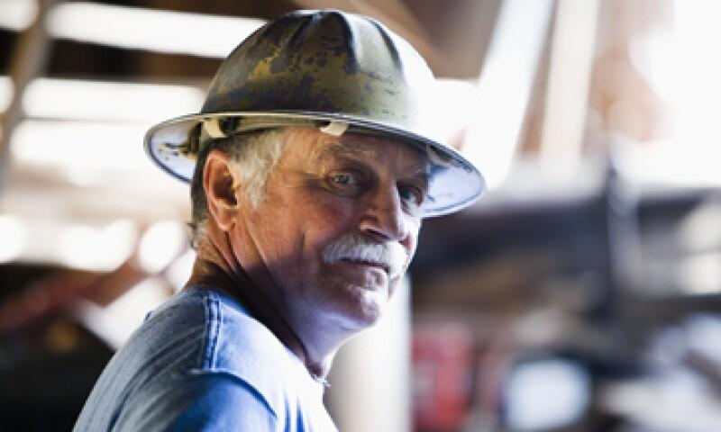 Los trabajadores independientes que deseen abrir una cuenta individual de ahorro para el retiro lo pueden hacer acudiendo a la Afore de su preferencia. (Foto: Getty Images)