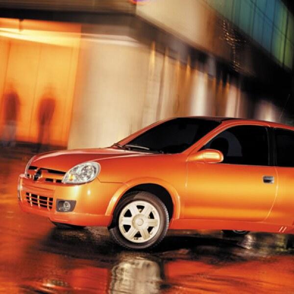 En 2004, la base del vehículo cambió su nombre a Chevy C2, modelo diseñado completamente en México.