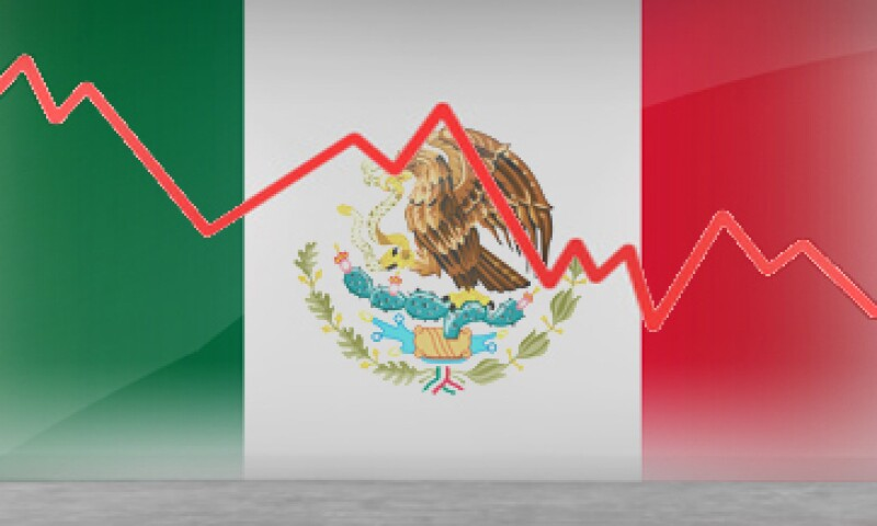 Hacia los próximos 12 meses, la calificación para el ambiente económico y social de México mejora, pero se mantiene en terreno negativo.  (Foto: Especial)