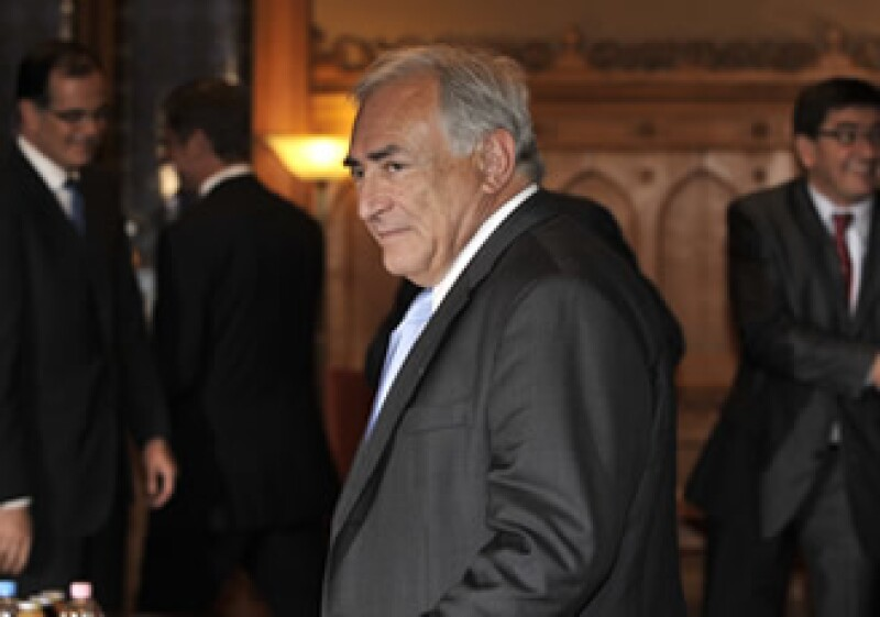 Dominique Strauss-Kahn informó que los países en desarrollo recibirán 100,000 mdd a través de los DEG del FMI. (Foto: AP)
