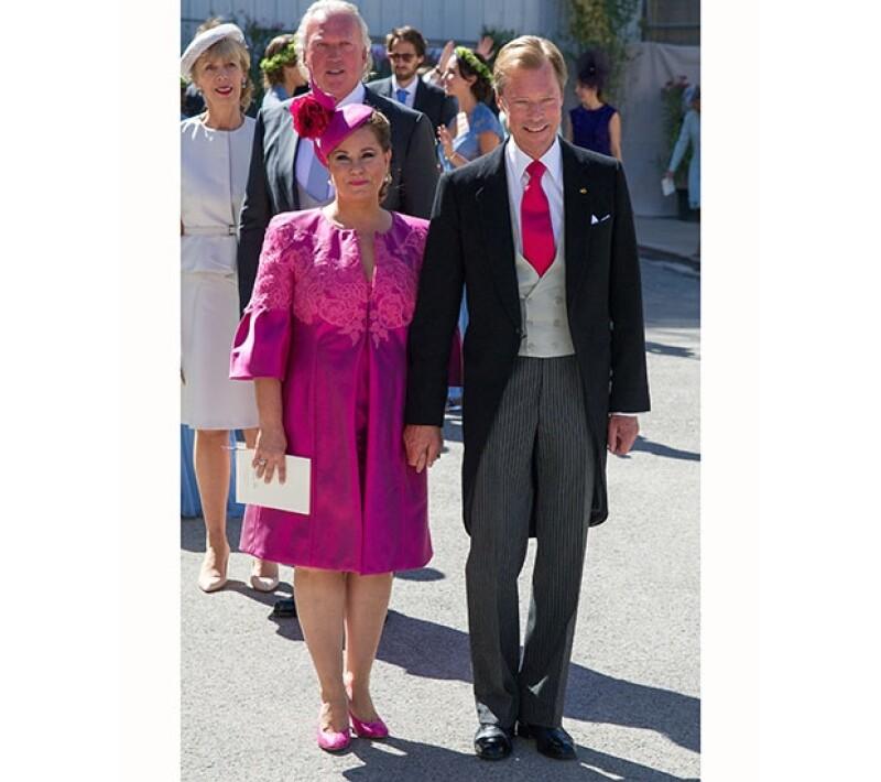 Gran Duquesa Maria Teresa y Gran Duque Henri de Luxemburgo, padres del novio.