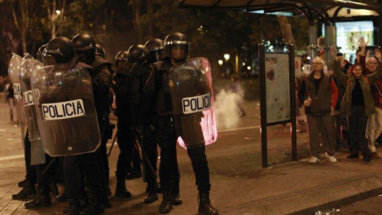 El Congreso estuvo fuertemente custodiado por más de 1,300 policías.