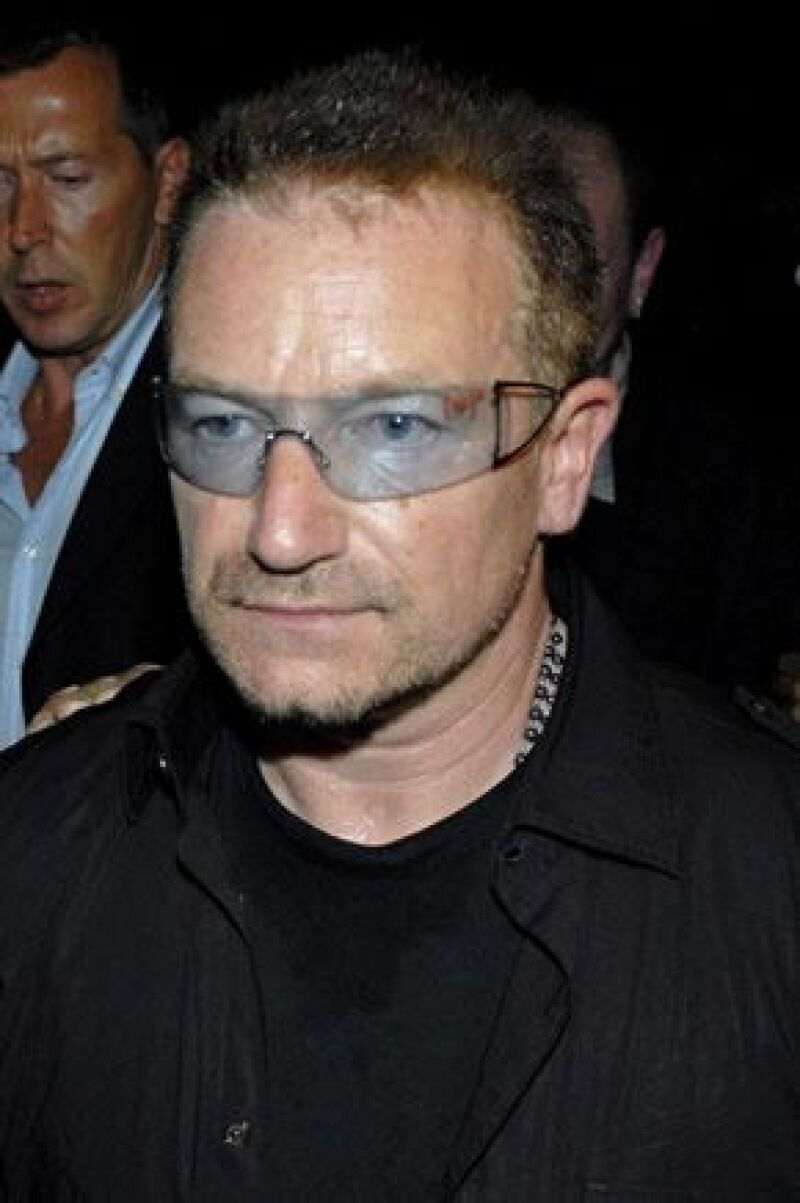 El vocalista de U2 urgió a los países ricos a que cumplan su promesa de apoyar a este continente.