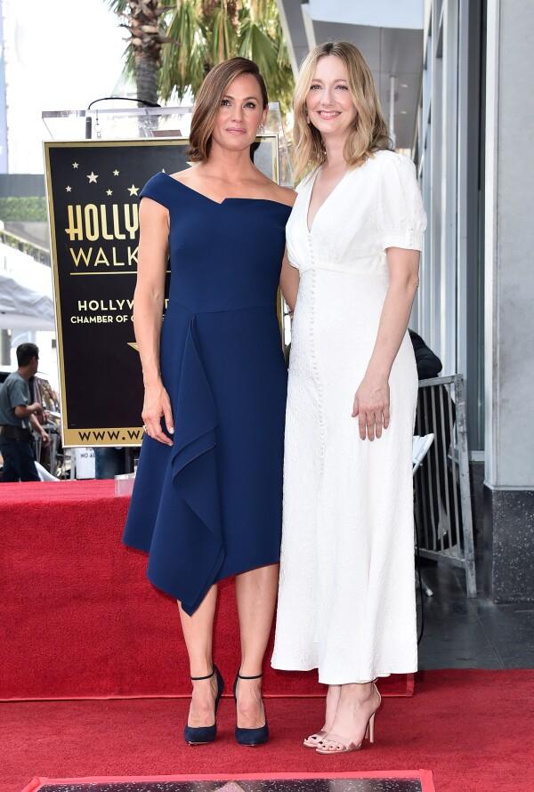 Jennifer Garner fue condecorada por sus 24 años de trayectoria como actriz