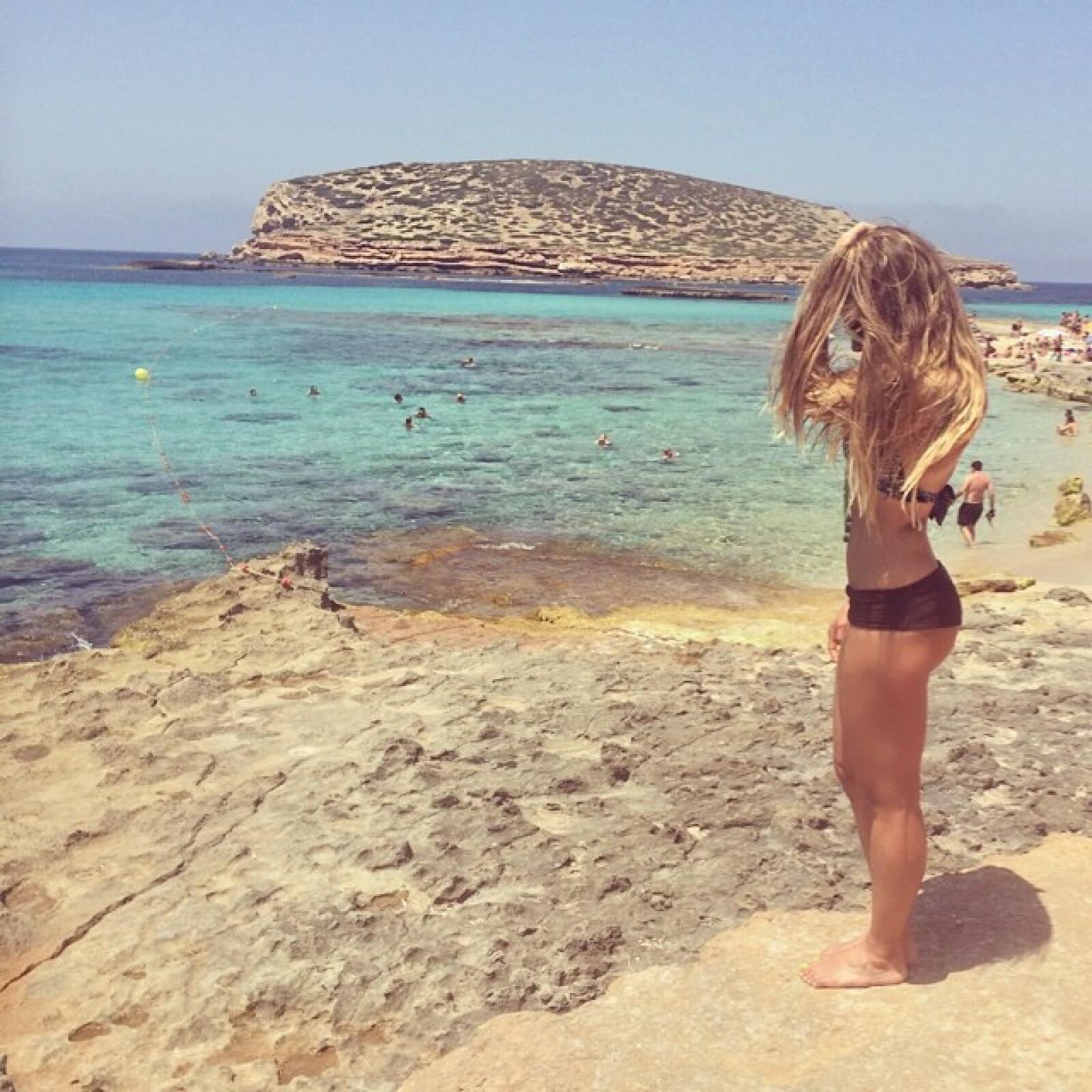 Ibiza es uno de los sitios perfectos para que Nunzia luzca su cuerpazo en bikini.