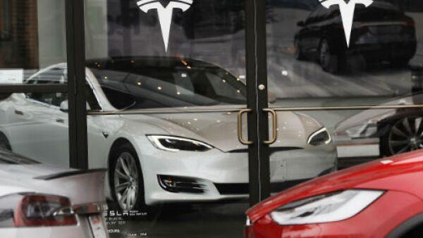 Tesla tienda de autos