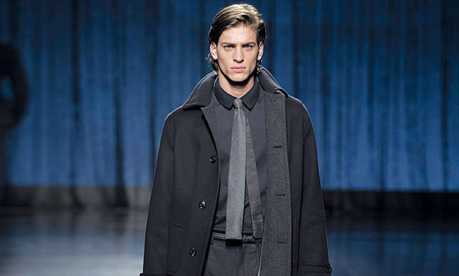 """La tendencia de Zegna marca que las corbatas se usen en modo """"dúo"""", es decir, una combinación entre lana y seda."""