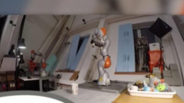 Investigadores del MIT diseñan al primer robot capaz de aprender a ver